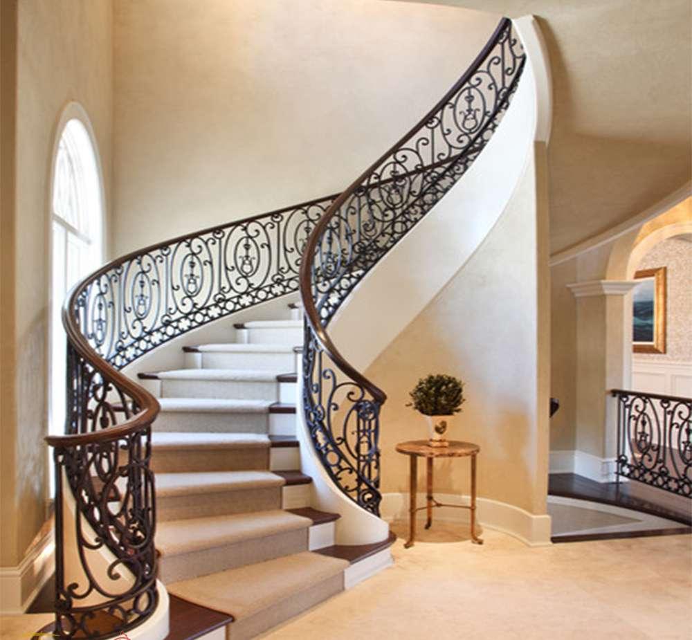 Cầu thang sắt nghệ thuật tuyệt đẹp trong nhà