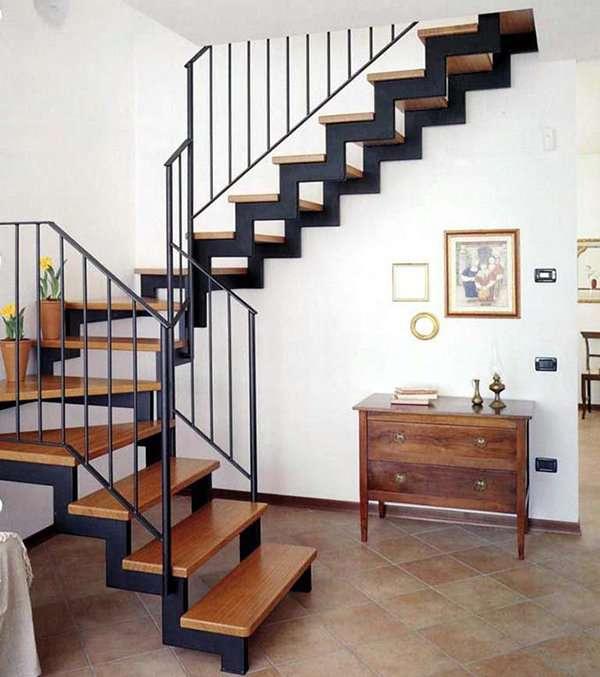 Cầu thang sắt kiểu dáng độc đáo